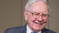 Analysts React as Buffett Cuts U.S. Bank Exposure