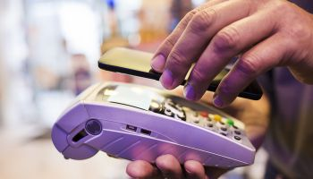 Contactless payments to jump threefold by 2017