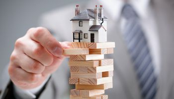 For a lender, how many moves are too many? TransUnion research scopes out some answers.