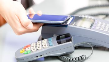 Mobile POS spreads to large retailers, demanding new strategies