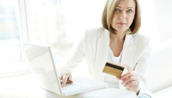 Women, men tend to use digital banking channels differently