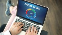 Addressing an Apparent Contradiction in Credit Scores