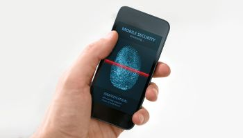 Contactless payment card with fingerprint security launched