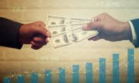Fed Governor Criticizes Bank Dividend Decision